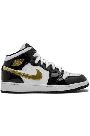 Nike Tenis mid-top Air Jordan 1
