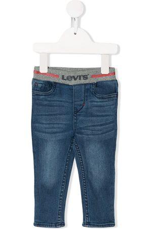 Levi's Jeans elásticos con logo