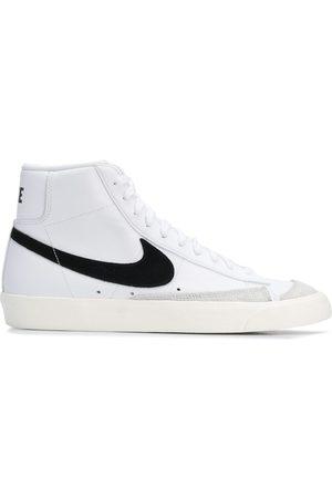 Nike Tenis Blazer Mid '77