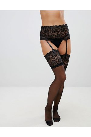 Ann Summers Bow back lace up suspender set