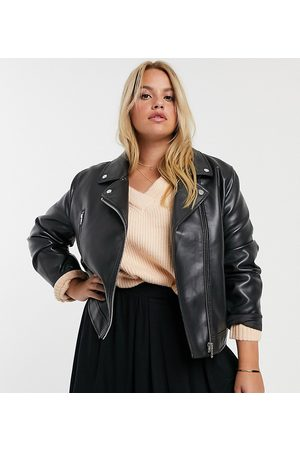 ASOS Mujer De piel - ASOS DESIGN Curve ultimate faux leather biker jacket in black