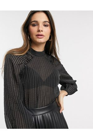 Vero Moda Blouse with volume sleeves in black stripe