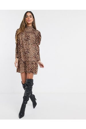 Missguided Smock dress in leopard