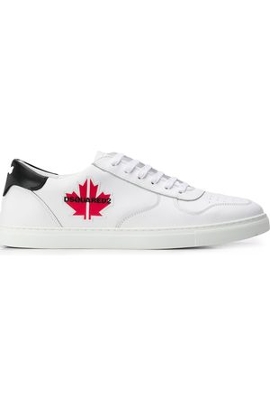 Dsquared2 Maple patch low-top sneakers
