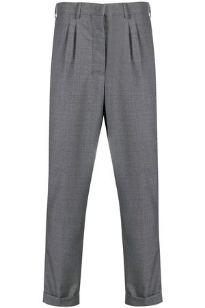 Ami Pantalones corte carrot con pinzas