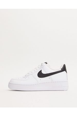 Nike Air Force 1 '07 White And Black Trainers