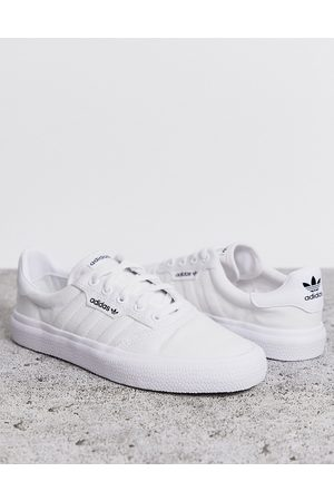 adidas 3MC trainers in white