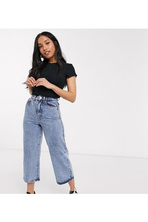 Vero Moda Cropped jeans with wide leg in blue acid wash