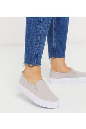 ASOS Wide Fit Dotty slip on plimsolls in grey