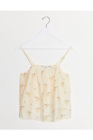 & OTHER STORIES Floral embroidered swing cami in cream