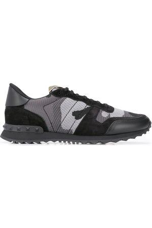 VALENTINO Garavani Rockrunner camouflage pattern sneakers