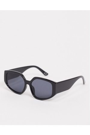 Jeepers Peepers Oversized angular sunglasses in black