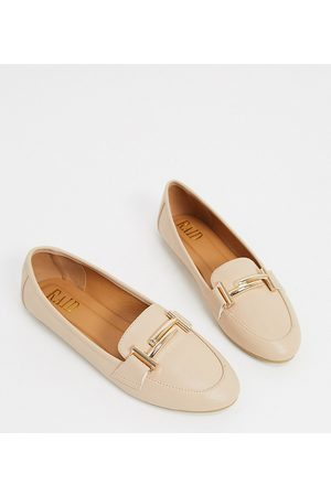 Raid Nidhi loafer with gold snaffle in