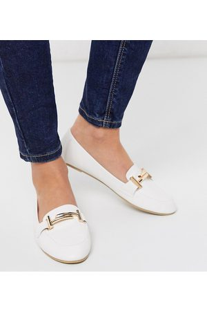 Raid Nidhi loafer with gold snaffle in white