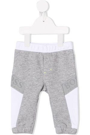 HUGO BOSS Pants con franjas del logo