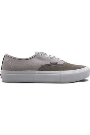 Vans Authentic Pro low-top sneakers