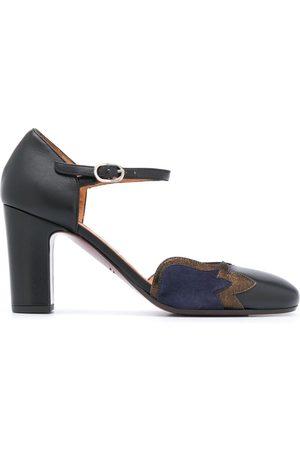 Chie Mihara Zapatos de tacón Waban con hebilla