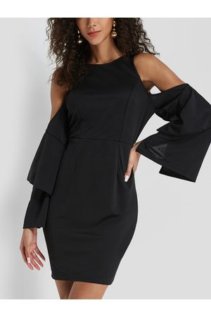 YOINS Flounced Layer Cold Shoulder Bell Sleeves Dress