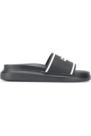 Alexander McQueen Flip flops con logo