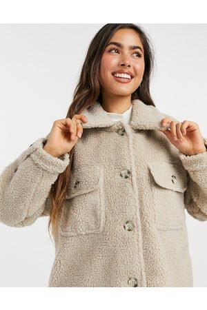 JDY Jacket in oversized teddy in cream