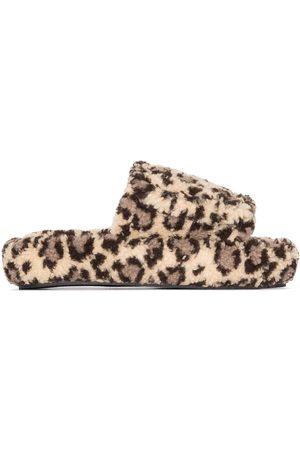 Natasha Zinko Slippers con estampado de leopardo