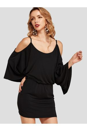 YOINS Cold Shoulder Bodycon Hem Dolman Sleeves Dress