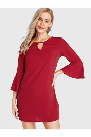 YOINS Round Neck Cut Out Bell Sleeves Dress