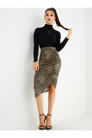 YOINS Leopard Ruched Bodycon Skirt