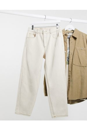 Reclaimed Vintage Inspired The '94 classic fit jeans in ecru