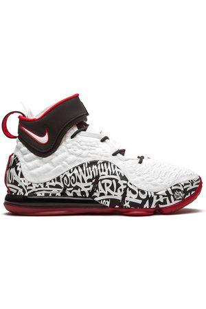 Nike Tenis LeBron 17 Graffiti