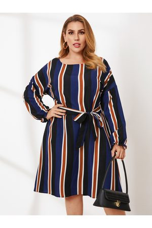 YOINS Plus Size Round Neck Striped Belt Design Long Sleeves Dress