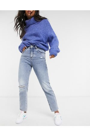 Cotton On Mom jean with knee rip in mid wash blue
