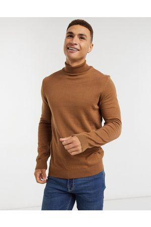 New Look Roll neck knitted jumper in camel