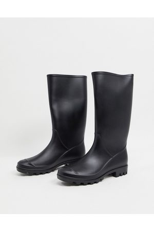 ASOS Genie pull on wellies in matte black
