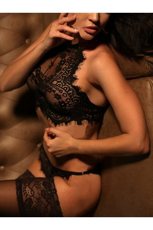 YOINS Sexy Delicate See-through Lace Halter Lingerie Set without Stockings
