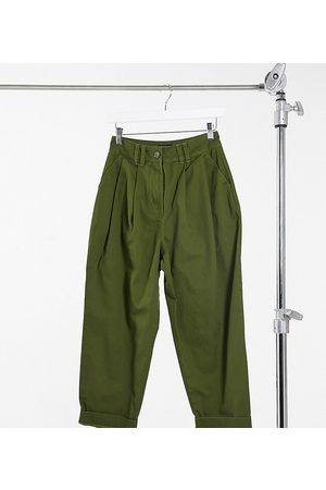 ASOS ASOS DESIGN Petite ovoid pleat front peg trouser in khaki