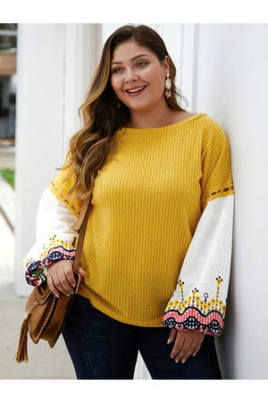 YOINS Plus Size Patchwork Embroidered Round Neck Sweater