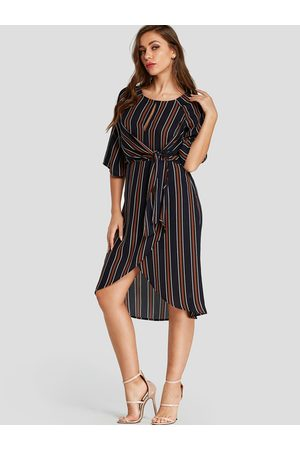 YOINS Stripe Cut Out Crossed Front Dress with Belt