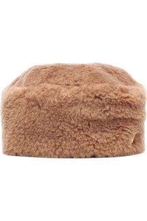Max Mara Colby camel hair hat