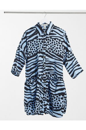 Liquorish Mujer Casuales - Mini oversizes wrap dress in blue animal print