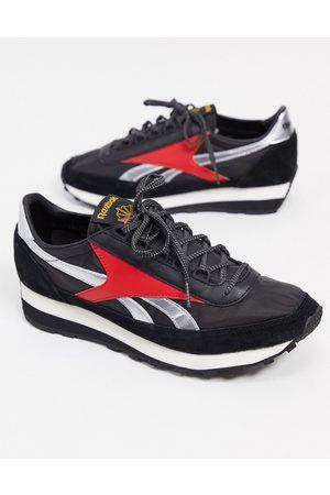 Reebok AZ 79 trainers in black