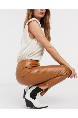 Girl in Mind Pu skinny trouser in tan