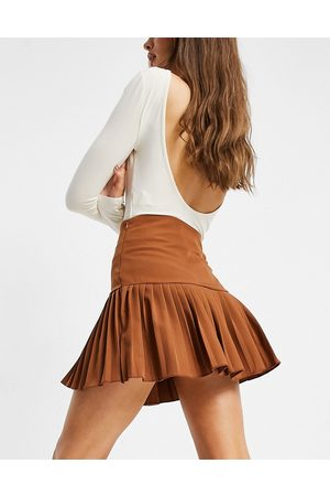 Femme Luxe Pleated skater skirt in brown