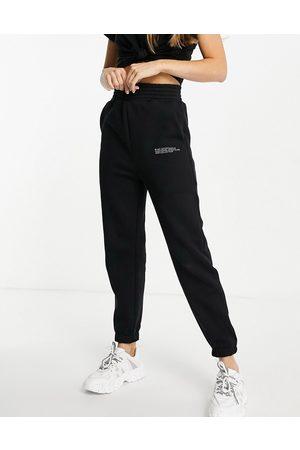 HIIT Signature joggers in black