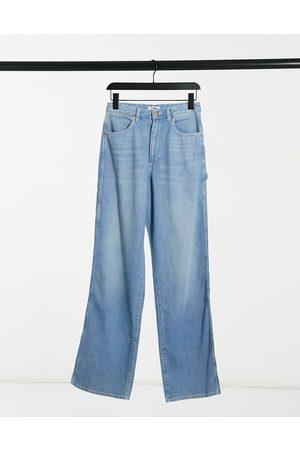 Wrangler Mujer Jeans - Mom Relaxed Carpenter Jeans in sunfade