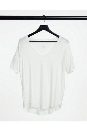 American Eagle Short sleeve tee in white