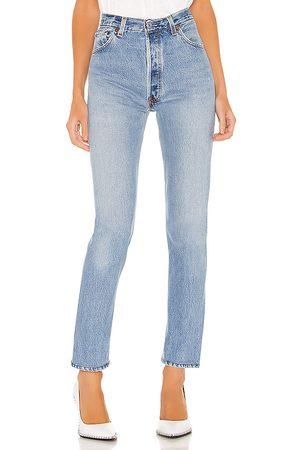 RE/DONE Jeans tiro alto en color azul talla 27 en - Blue. Talla 27 (también en 30).