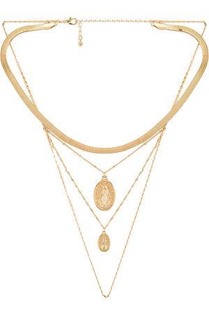 8 Other Reasons Collar superpuesto rise en color oro metálico talla all en - Metallic Gold. Talla all.