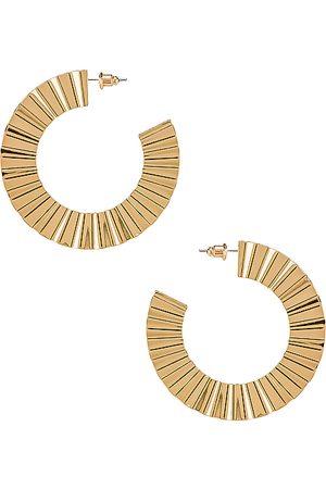 8 Other Reasons Aros ray en color oro metálico talla all en - Metallic Gold. Talla all.