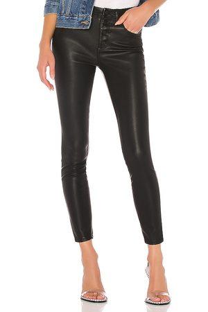 BLANK NYC Pantalón ajustado en color negro talla 24 en - Black. Talla 24 (también en 25, 26, 27, 28, 29, 30, 31).